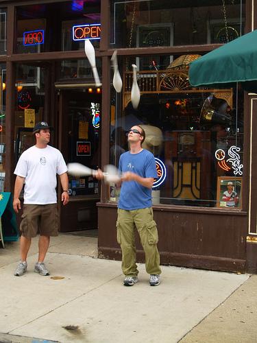 juggle juggler (Photo: Michael_Lehet on Flickr)